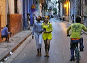 content/essays/Havana_people.htm/preview/havana_people_10g4880.jpg